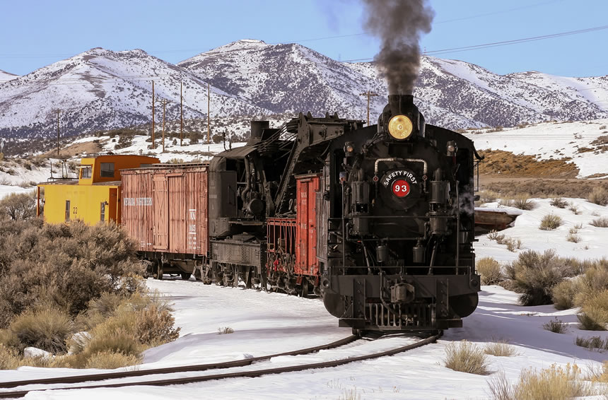 Nevada Northern Railway Locomotive No. 93 pulls a wreck recovery train