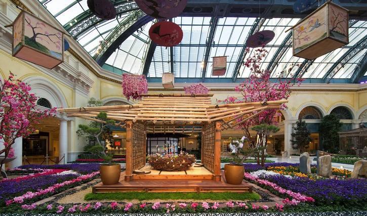 Bellagio Conservatory - Japanese Culture