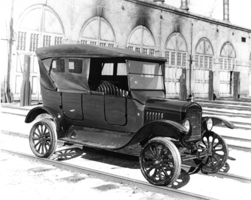 Virginia & Truckee motor car No. 24, a Model T Ford touring car, sits astride the rails in front of the V&T engine house in Carson City. (Nevada Historical Society photo)