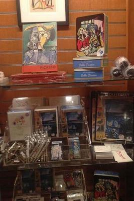 Picasso-gift-shop-267x400