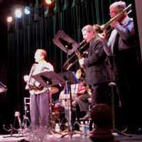 Ralph Cuda's Dixieland Band sounded as if they'd been playing together for years, not an hour and a half. This was the first stop on their World Tour, next stop: Austin.