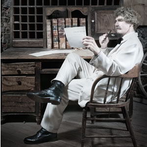 McAvoy Layne as Mark Twain