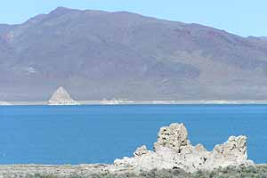 Pyramid Lake, Tufa