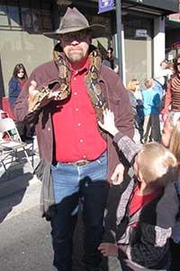 snakeman200x300