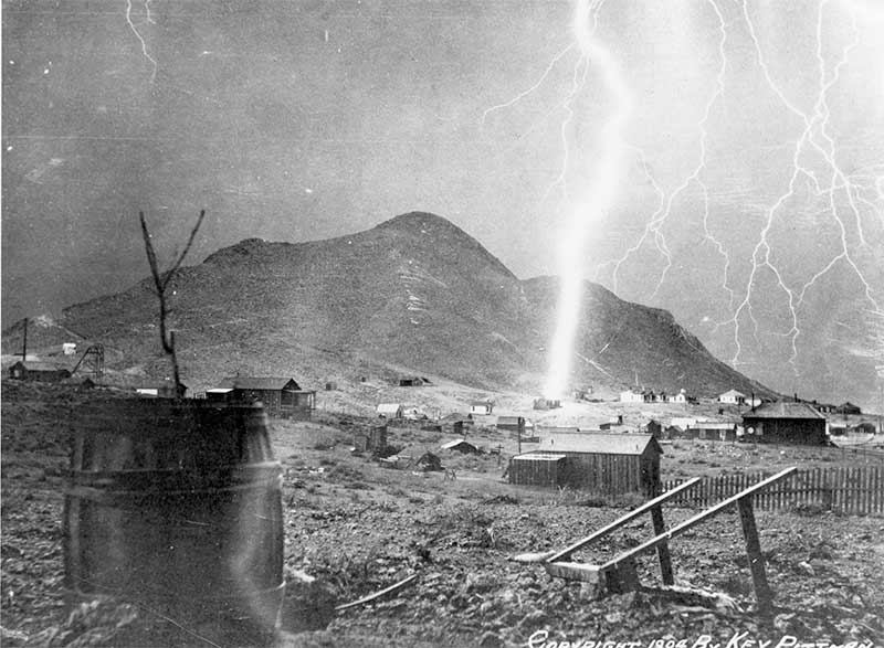 Lightning strikes in Tonopah 1904
